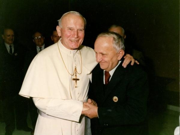 Jan Paweł II i Eugeniusz Mróc [zbiory prywante E. Mroza]