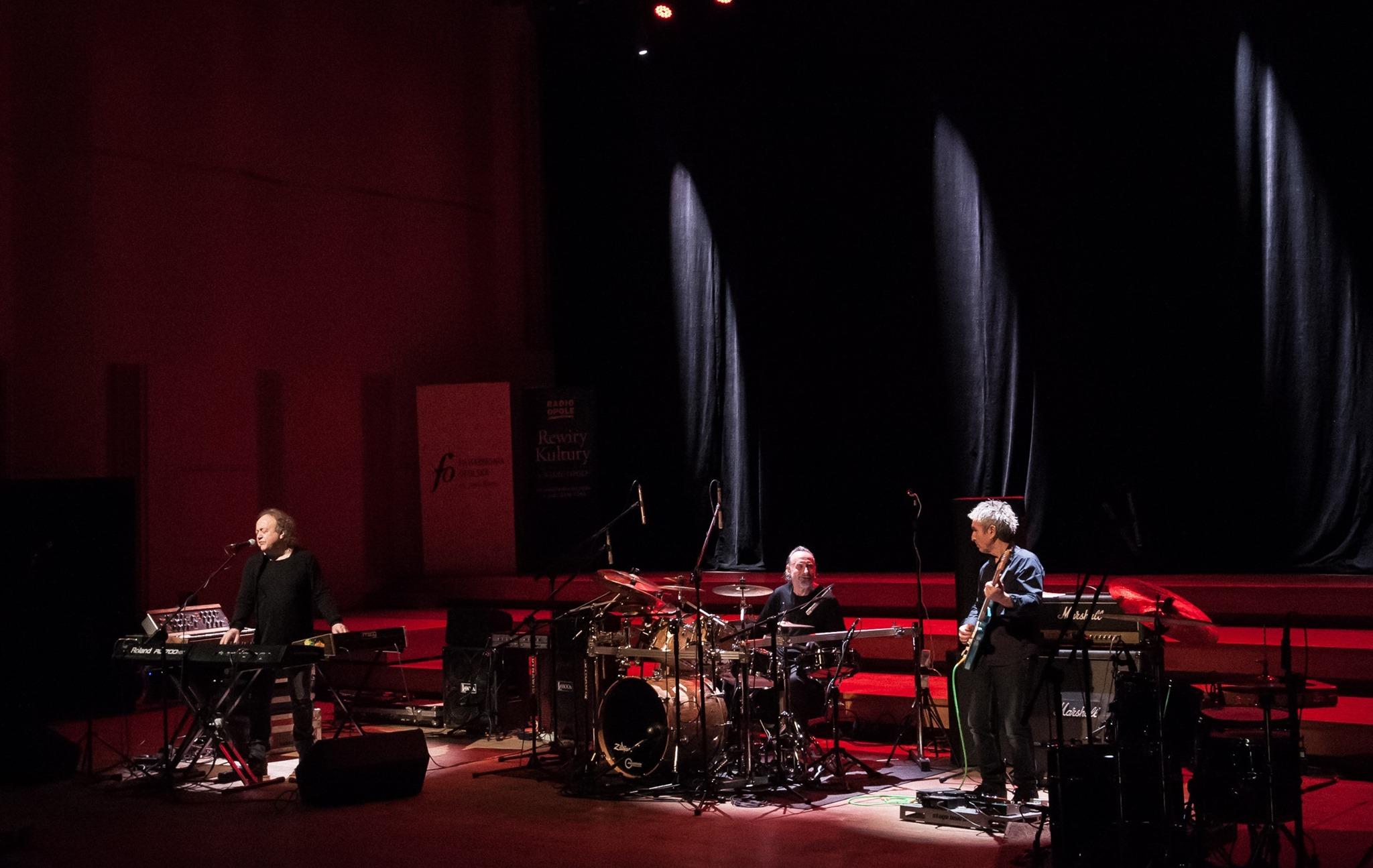 W sobotę (30.05) po 22:00 wrócimy do koncertu z okazji 40. rocznicy nagrania w studiu Radia Opole legendarnej płyty WELCOME grupy SBB [fot. Marek Bohdan]