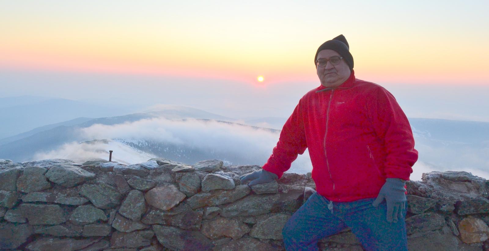 Andrzej Kubiczek na Śnieżce, najwyższym szczycie Karkonoszy [fot. arch. prywatne A. Kubiczka]