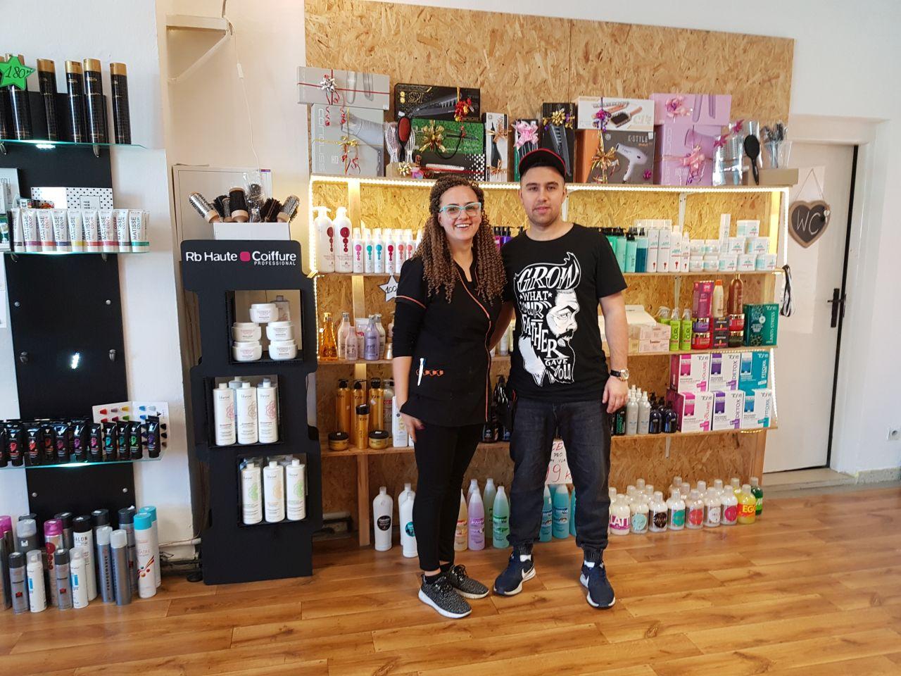 Atelier Juzik Polski Salon Fryzjerski W Czeskim Jeseniku