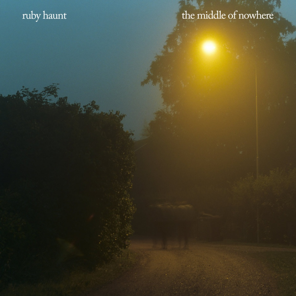 Ruby Haunt - The Middle Of Nowhere