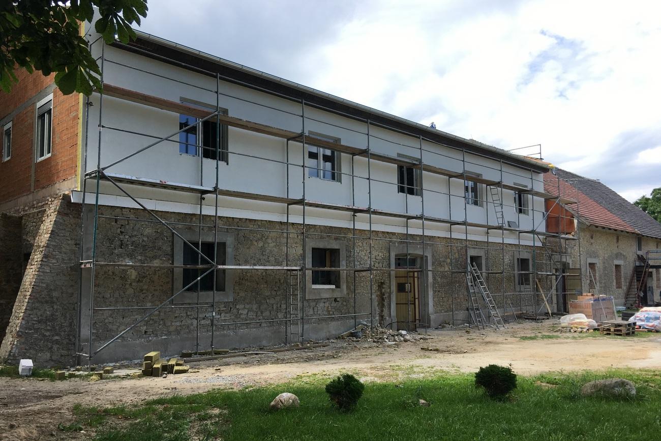 Budowa mieszkań dla opuszczających domy dziecka w ośrodku Barka w Doryszowie [fot. Agnieszka Pospiszyl]