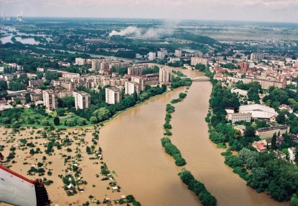 20 lat po Powodzi Tysiąclecia. Ryszard Zembaczyński: to był po prostu potop