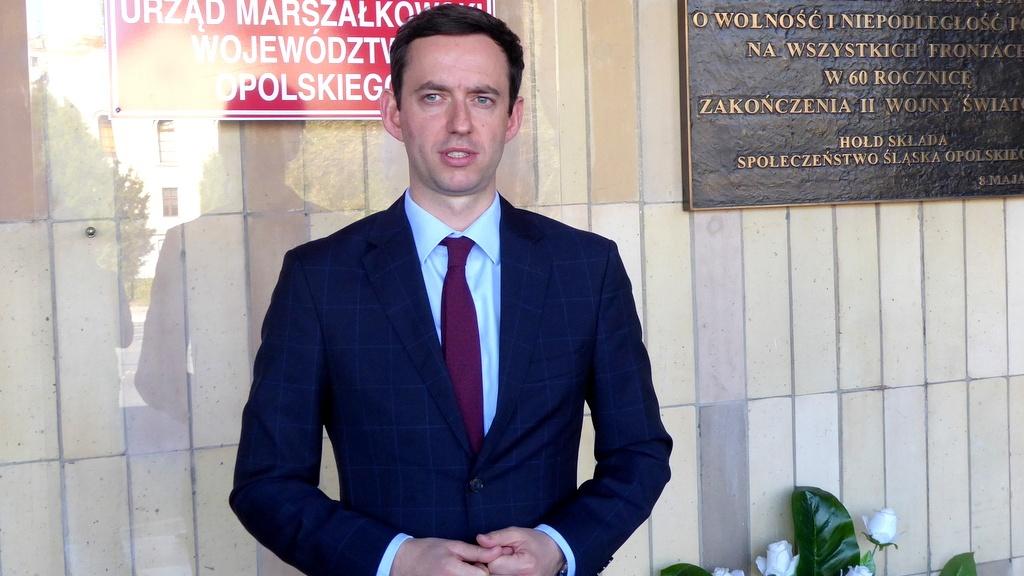 Wiceminister Ociepa wezwał marszałka Bułę do debaty o rozwoju województwa