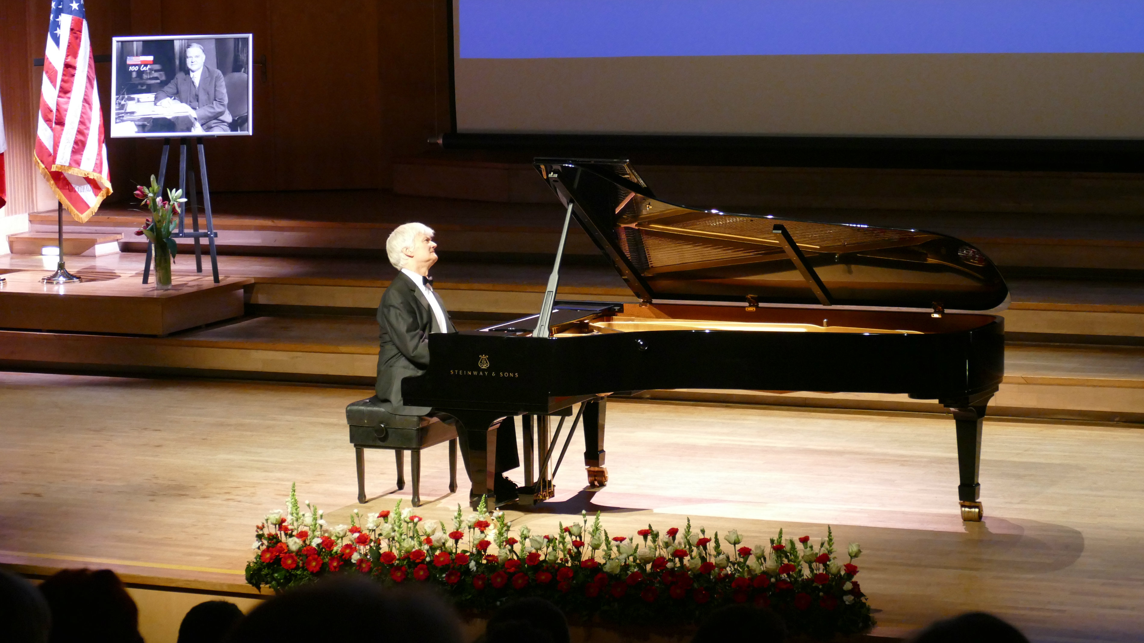 Międzynarodowym językiem muzyki uczczono 100-lecie polsko-amerykańskich relacji dyplomatycznych [ZDJĘCIA]