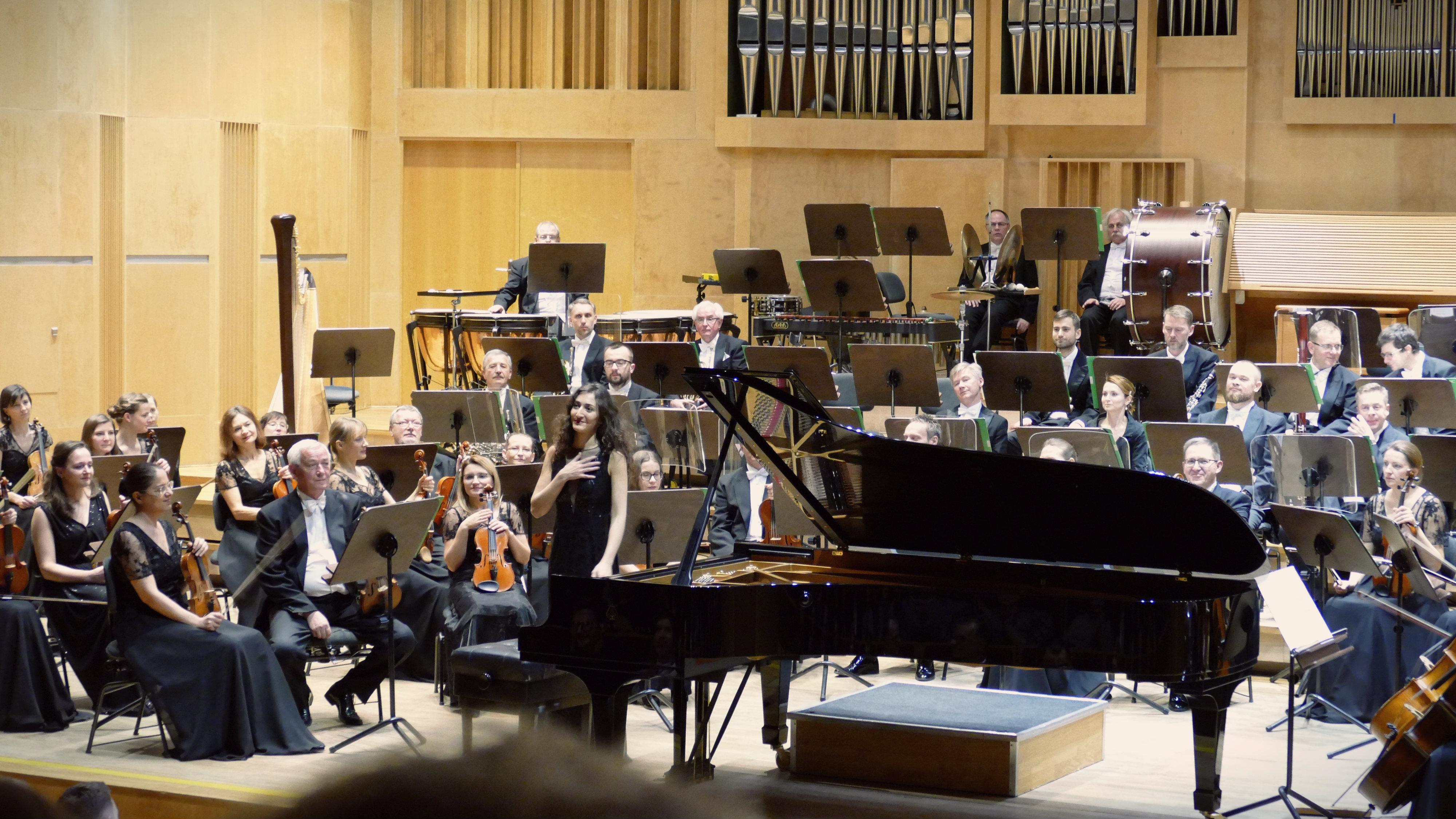 Francuska pianistka porwała opolską publiczność. Za nami podwójna Strefa gwiazd w filharmonii [ZDJĘCIA]