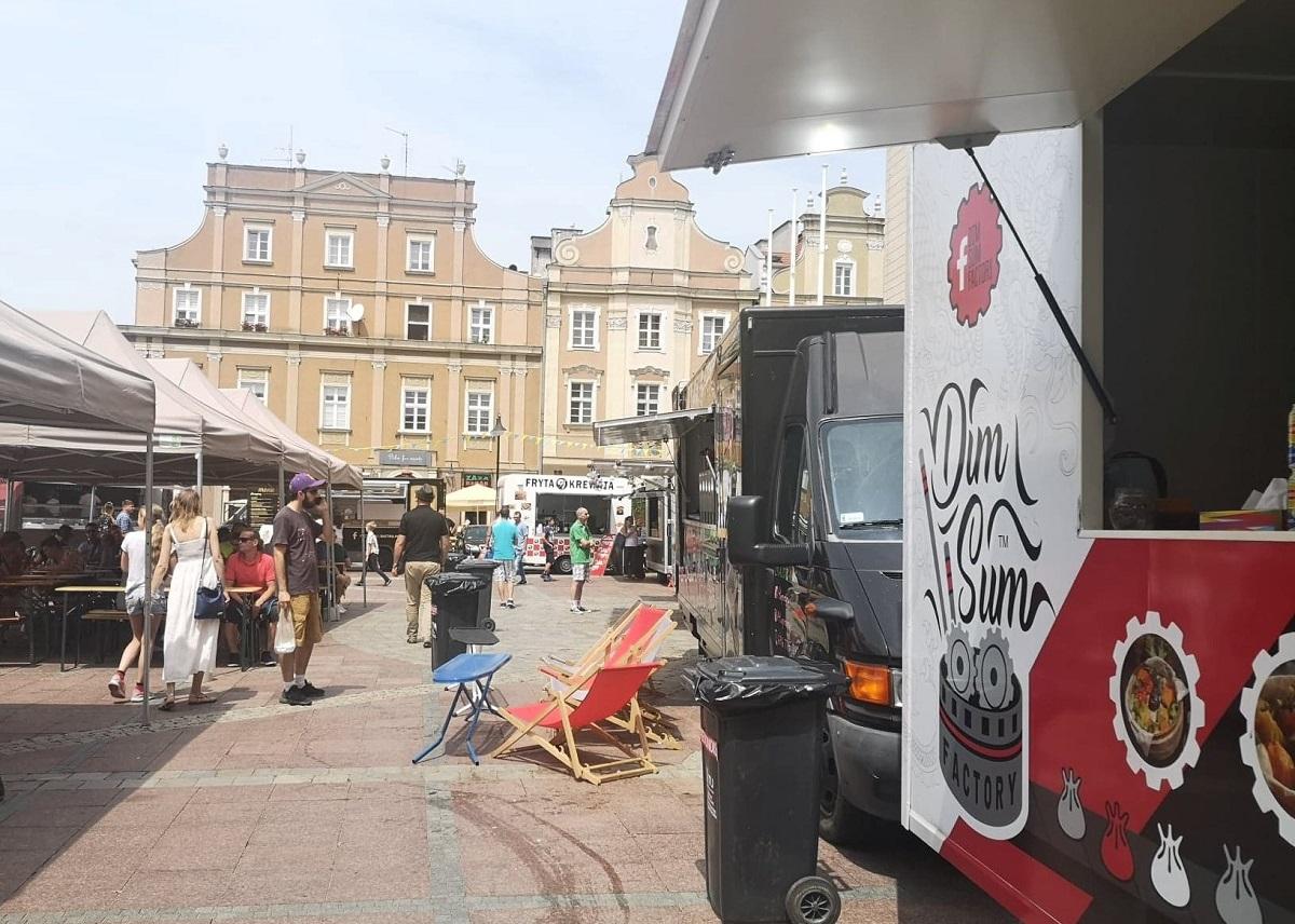 Food Tracki Opanowały Opolski Rynek Trwa Food Fest Czyli