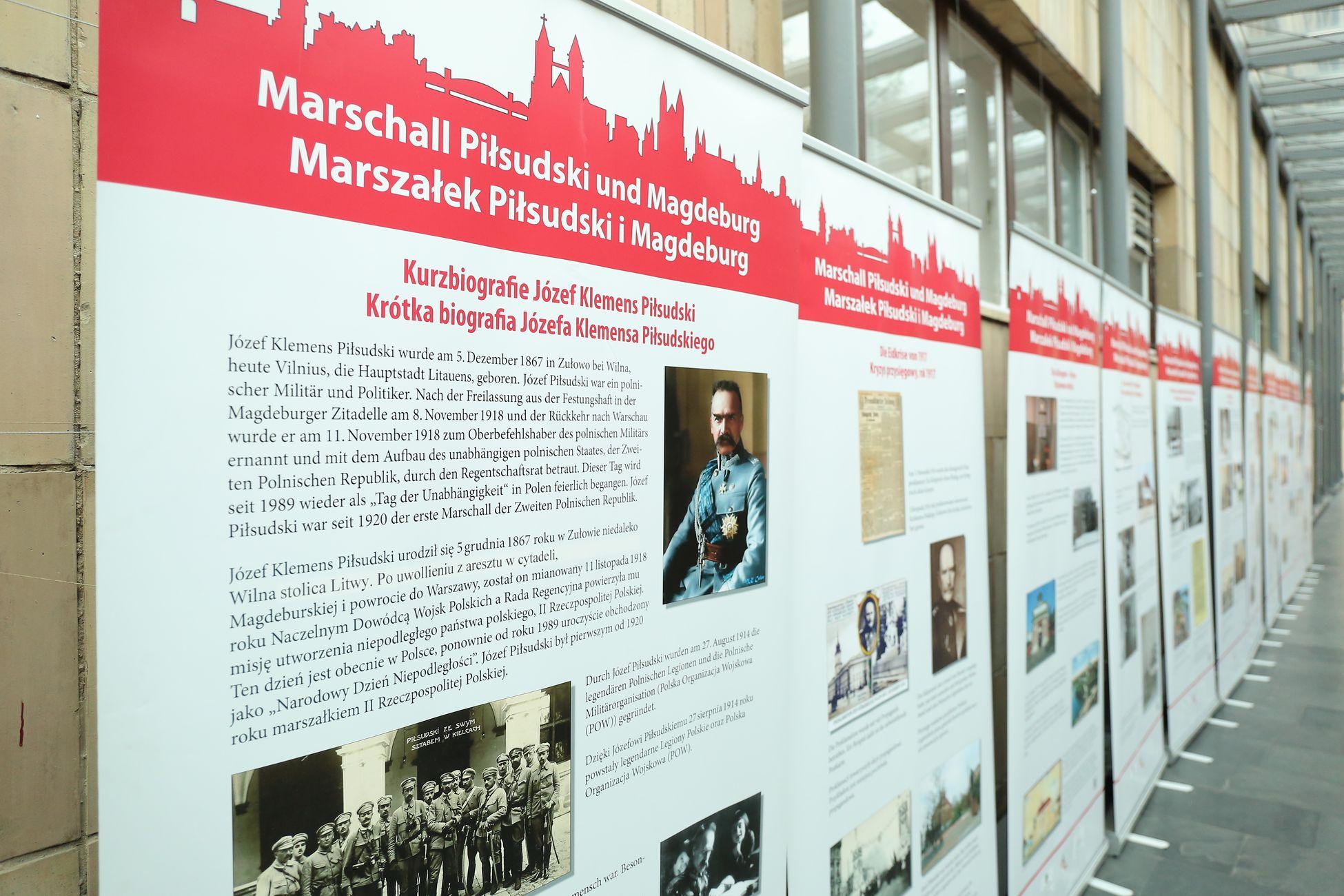Marszałek Józef Piłsudski I Magdeburg W Urzędzie