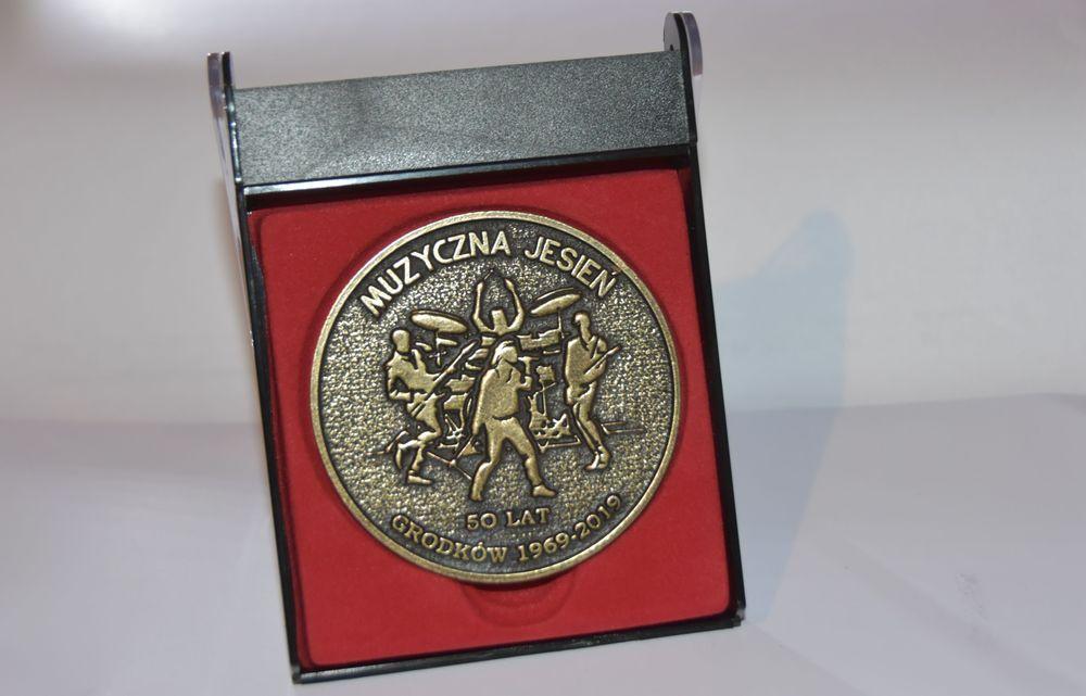Medal 50-lecie Muzycznej Jesieni w Grodkowie