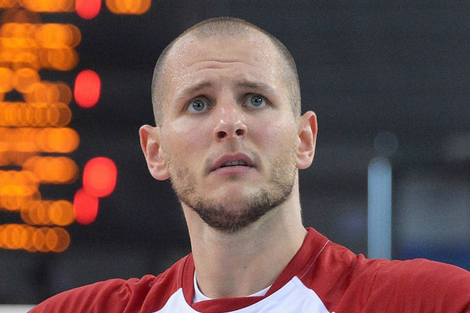 Bartosz Kurek [By Katarzyna M. Kozłowska from Łódź, Poland - cropped from: https://commons.wikimedia.org/wiki/File:Volleyball_Nations_League_Poland_-_France_(42450090432).jpg, CC BY 2.0, https://commons.wikimedia.org/w/index.php?curid=73287893 ]