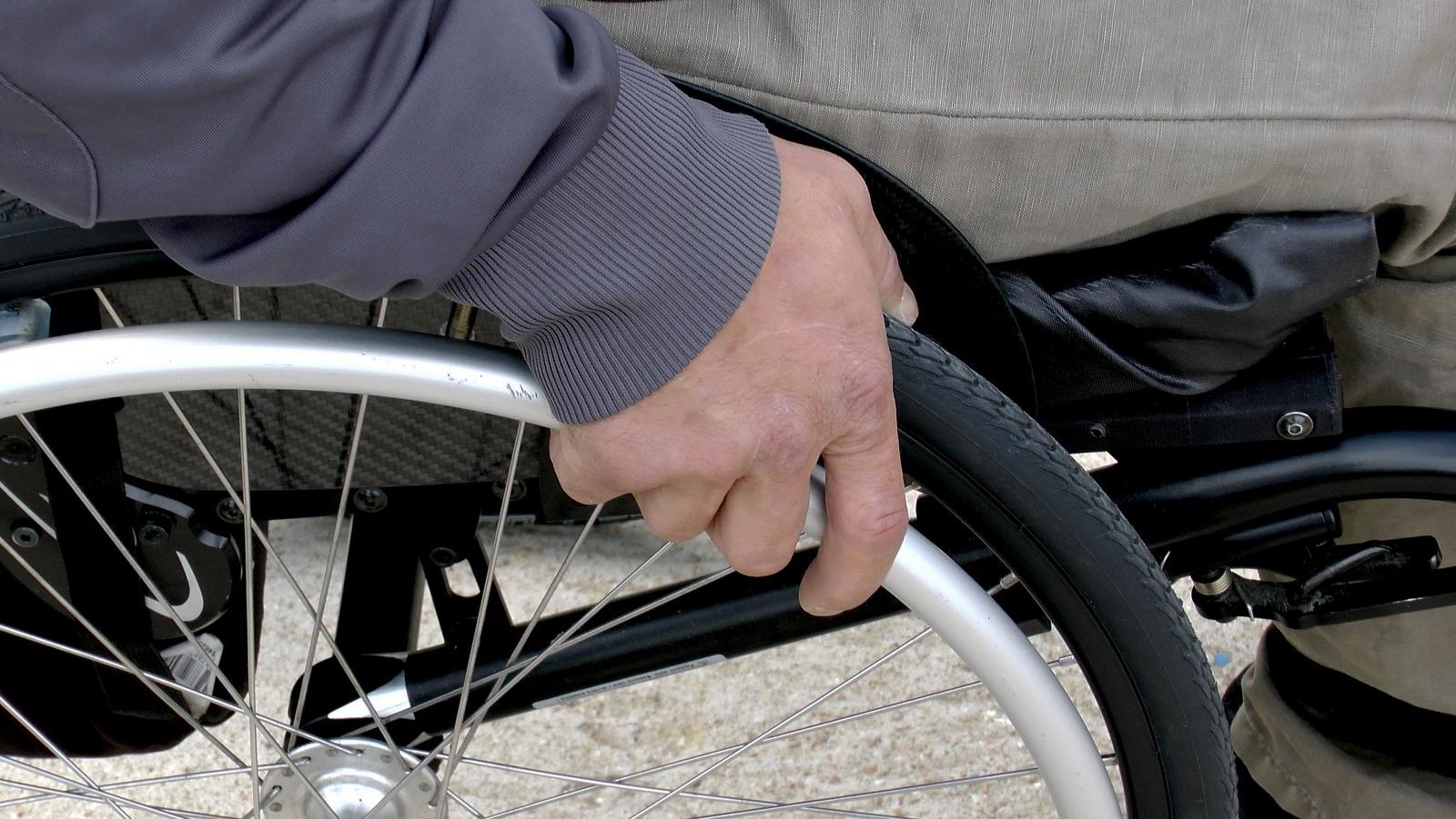 Zawieszone wydawanie opinii dla osób niepełnosprawnych