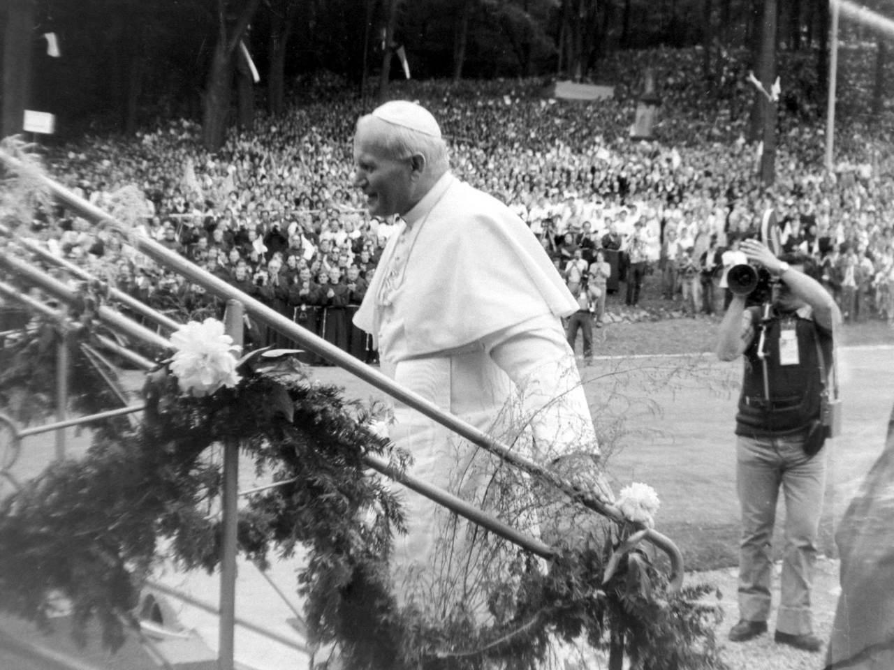 Papież Jan Paweł II na Górze Św. Anny [fot. Ryszard Łabus]