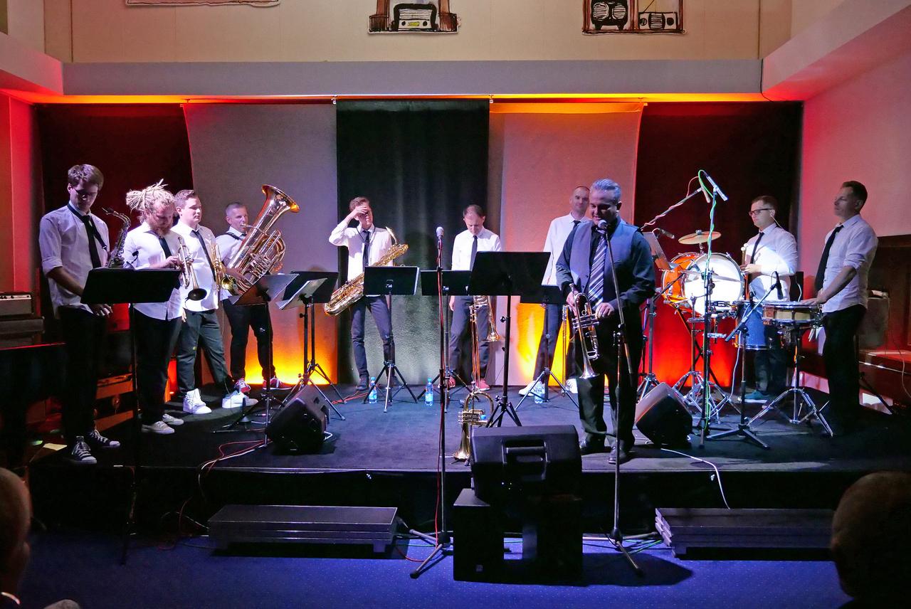 Dizzy Boyz Brass Band i Andrea Tofanelli z koncertem w Studiu M im. SBB Radia Opole [fot. Wanda Kownacka]