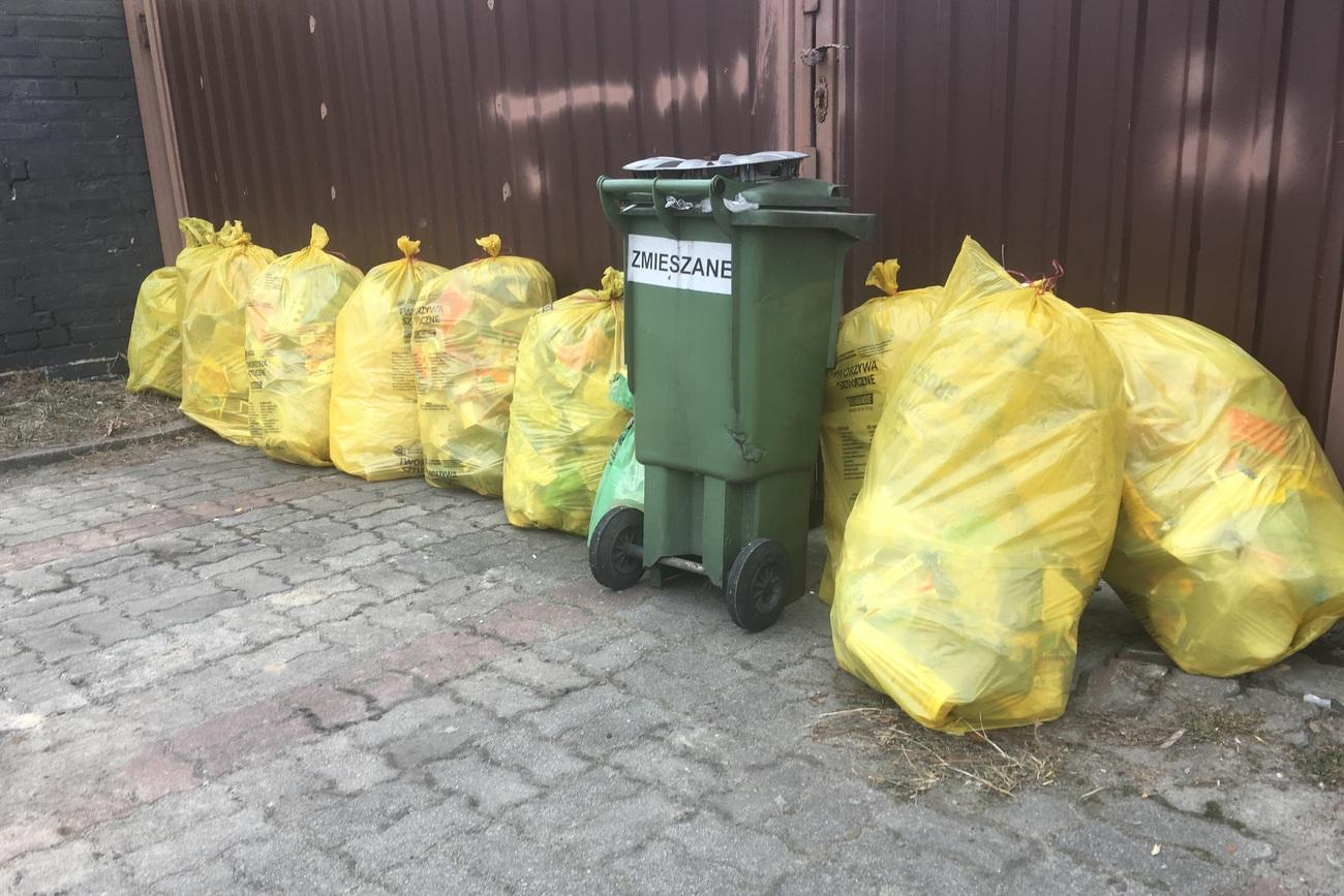 Nowe pojemniki i przetarg. Szykują się zmiany w gospodarce wywozu odpadów w Ozimku