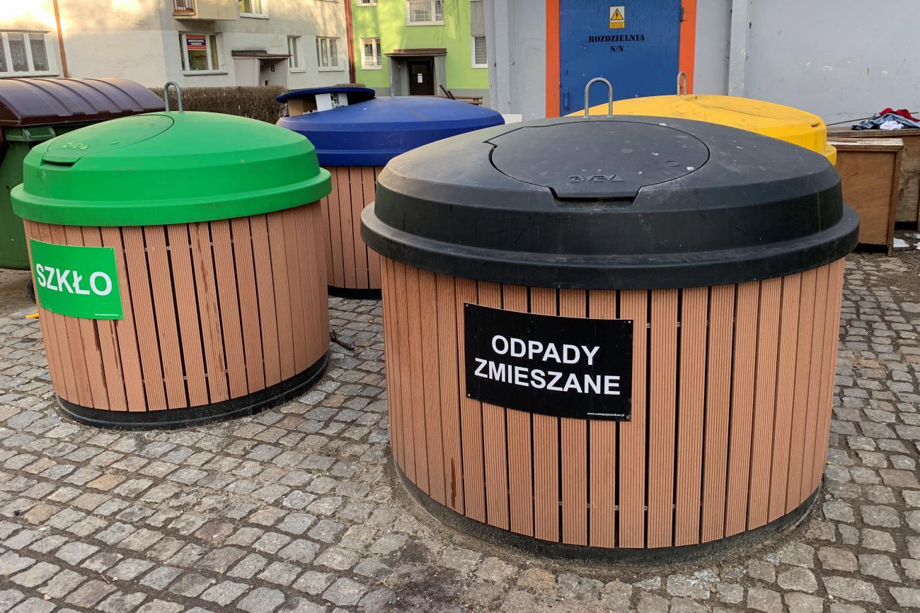 Mieszkańcy gminy Pakosławice zapłacą więcej za wywóz śmieci. Będą też kary za niewłaściwą segregację