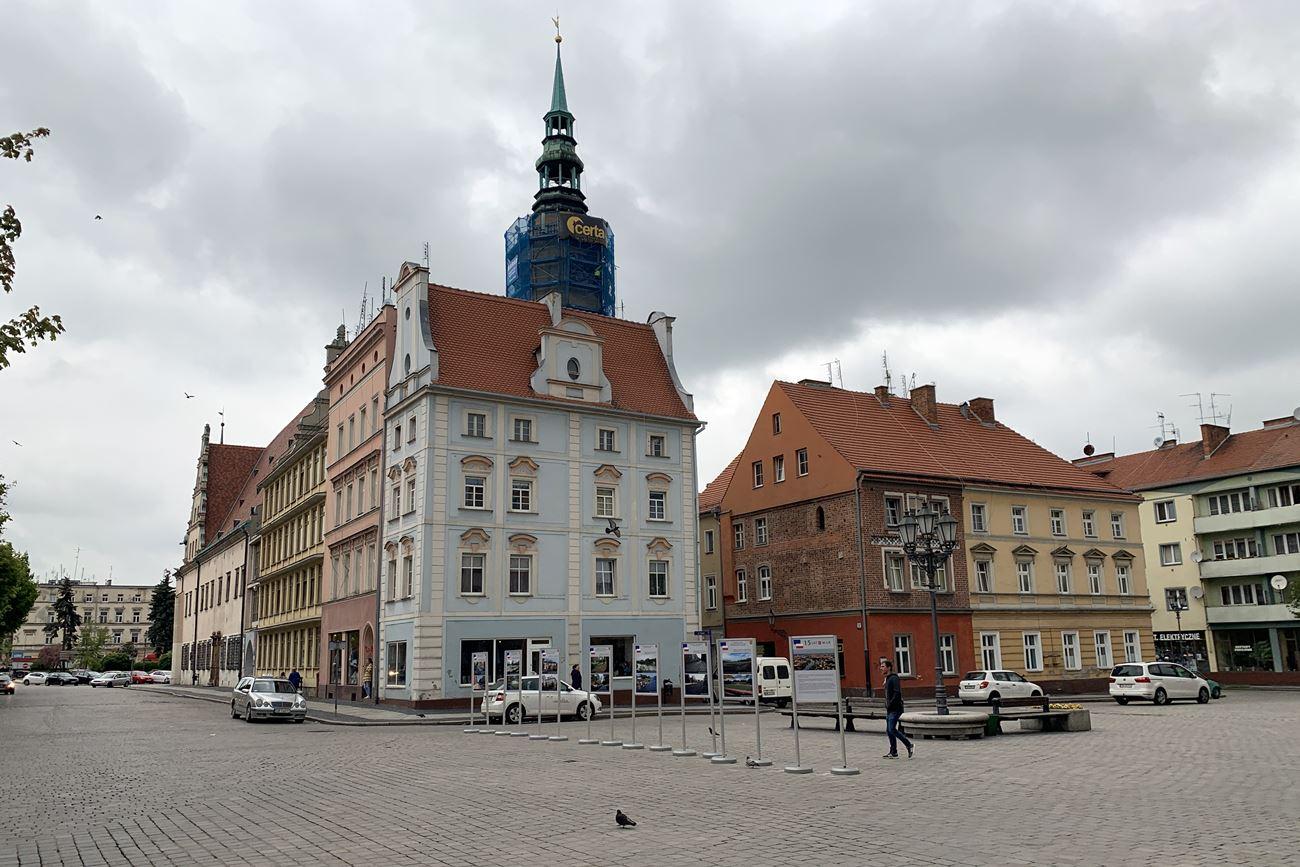 Rynek w Brzegu [fot. Daniel Klimczak]