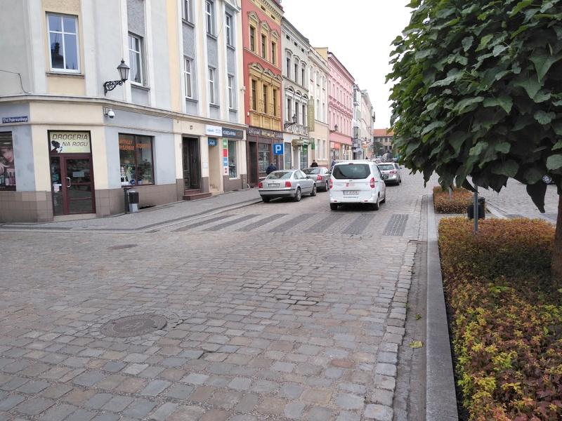 Rynek w Kluczborku [fot. Witold Wośtak]