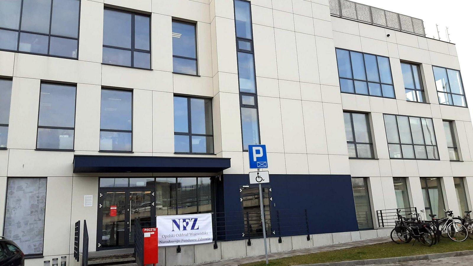 Kontrakty części lekarzy rodzinnych wygasają z końcem grudnia. Opolski oddział NFZ wysłał aneksy do umów
